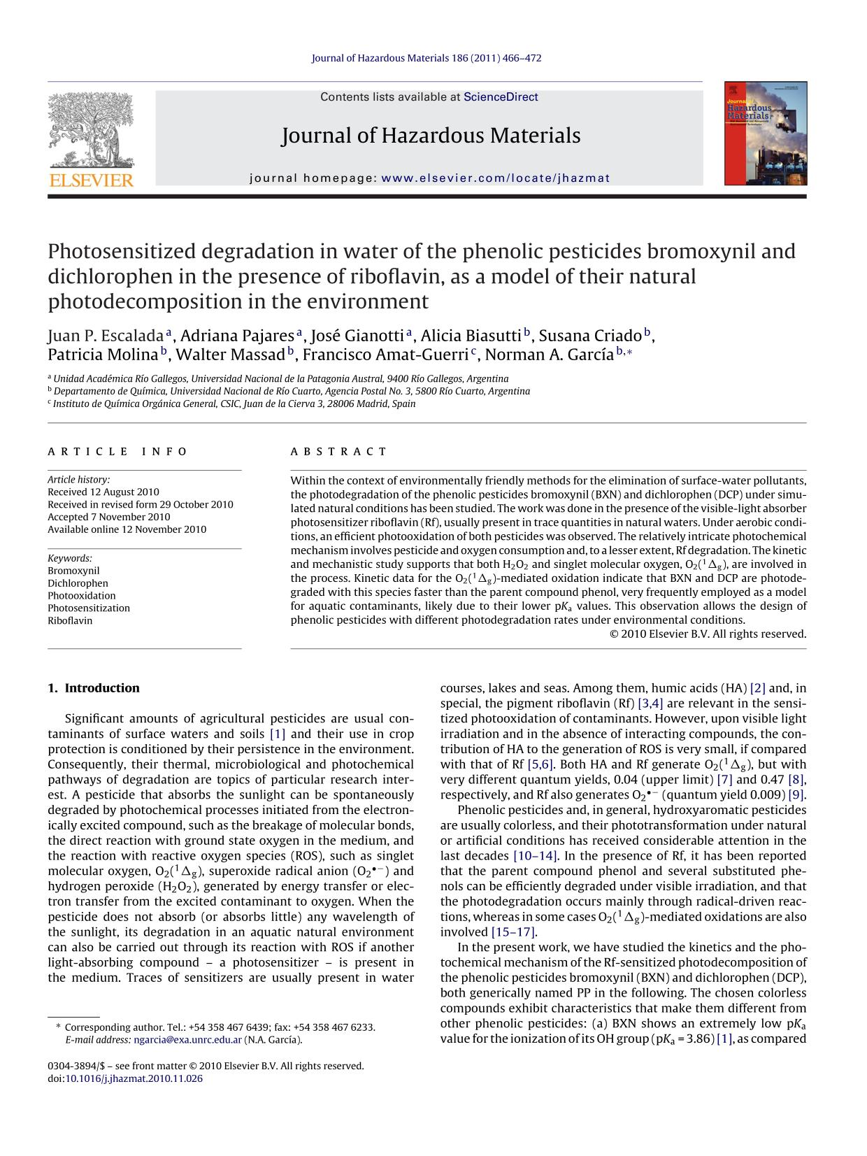 Portada del libro Photosensitized degradation in water of the phenolic pesticides bromoxynil and dichlorophen in the presence of riboflavin, as a model of their natural photodecomposition in the environment